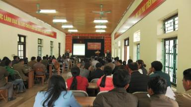 Tân Sơn: Tập huấn hướng dẫn các biện pháp phòng, chống dịch tả lợn Châu Phi.